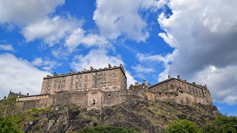 africans in scottish royal court - HD6 architecture-building-castle-257372