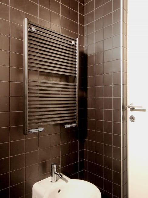 Thin Pipes KUAD Towel BREM