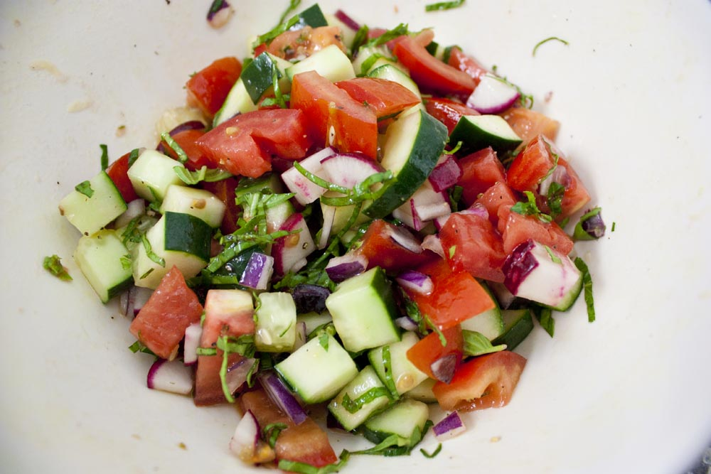 Raw Garden Vegetable Salad Recipe Think Eat Be Healthy