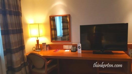 Leonardo London Heathrow Airport Hotel Review