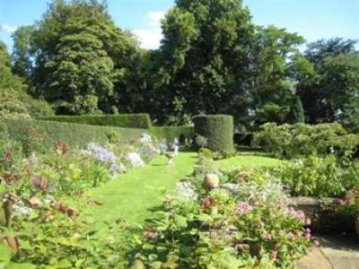 Coton Manor Garden by Anne Wareham - Image 4