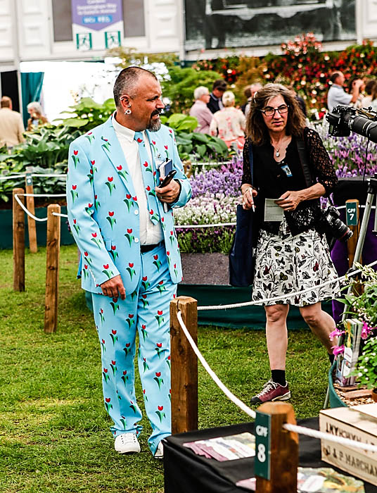 Chelsea 2014 What they wore Copyright Charles Hawes for thinkingardens