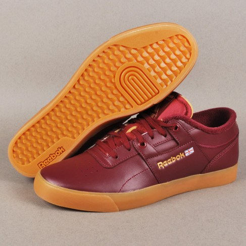 47f045a7317 ... Workout Low Clean FVS Skate Shoes – Burgundy White. Palace x Reebok -  Skate Shoes