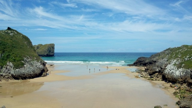 The surroundings of Llanes are packed with stunning beaches