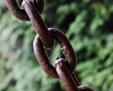 4 Smart Reasons to Link Up Your Old Blog Posts