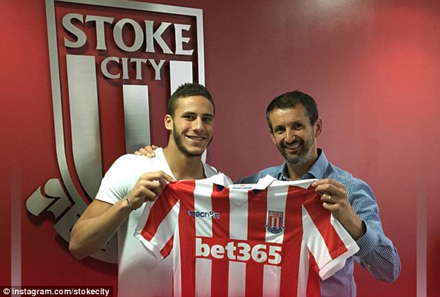 Stoke City complete the signing of Egyptian teen Ramadan Sobhi from Al Ahly for £5m