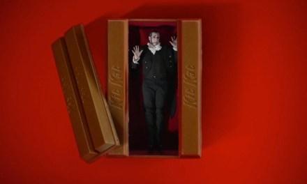 AdWatch: KitKat   Vampire Alarm Clock