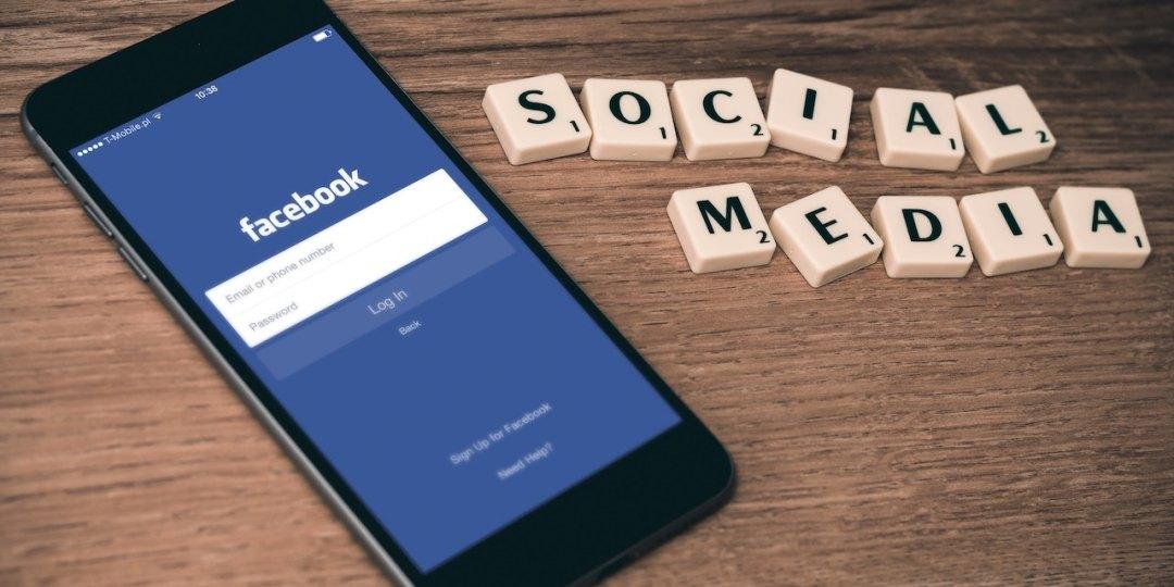 Big 3 Social Network Pros & Cons