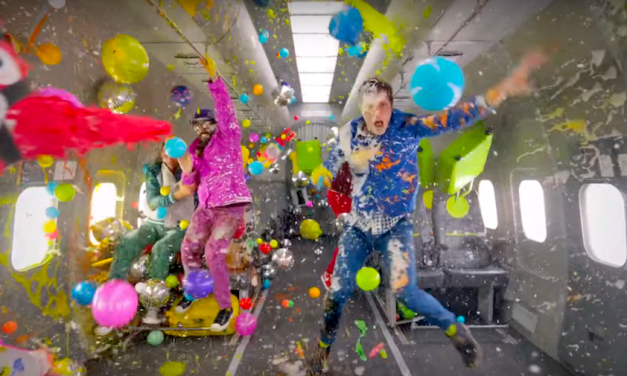 5 Glorious Examples of Viral Video Marketing from OK Go