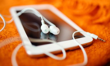10 Tips For Individuals or Organizations Thinking About Launching a Podcast