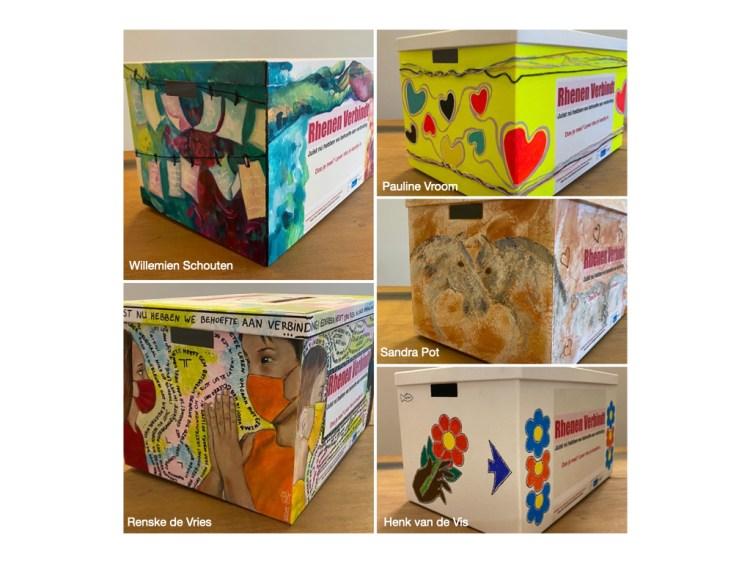 Vijf Rhenense kunstenaars beschilderden de inleverboxen voor de antwoordkaartjes.