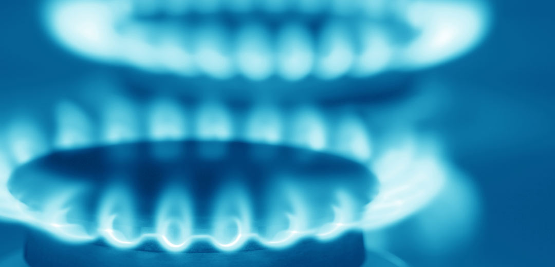 Natural gas burners with blue flames