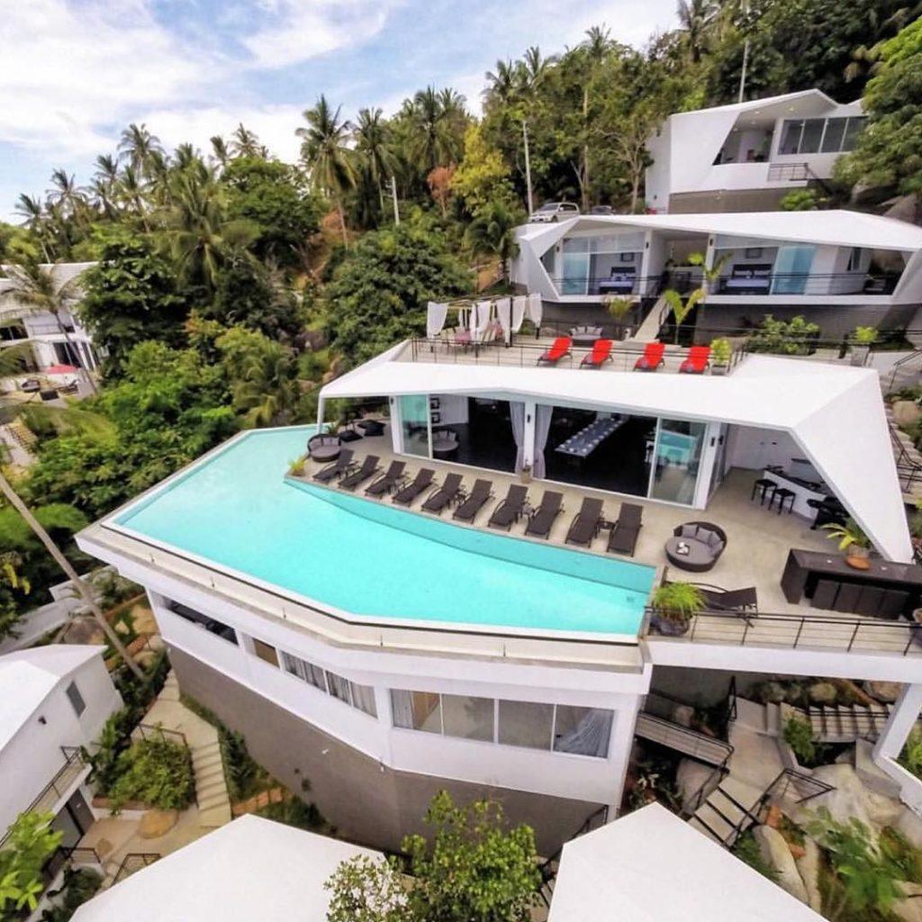 LuxuryLifestyle BillionaireLifesyle Millionaire Rich Motivation WORK Extravagance 21
