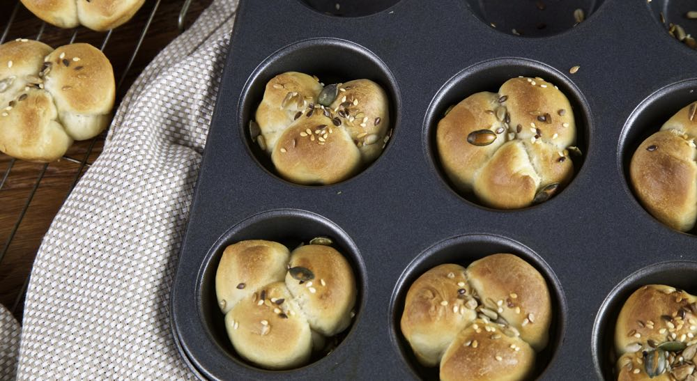 Clover Leaf Bread Rolls - soft, fluffy buns perfect with a bowl of soup. (Vegan)