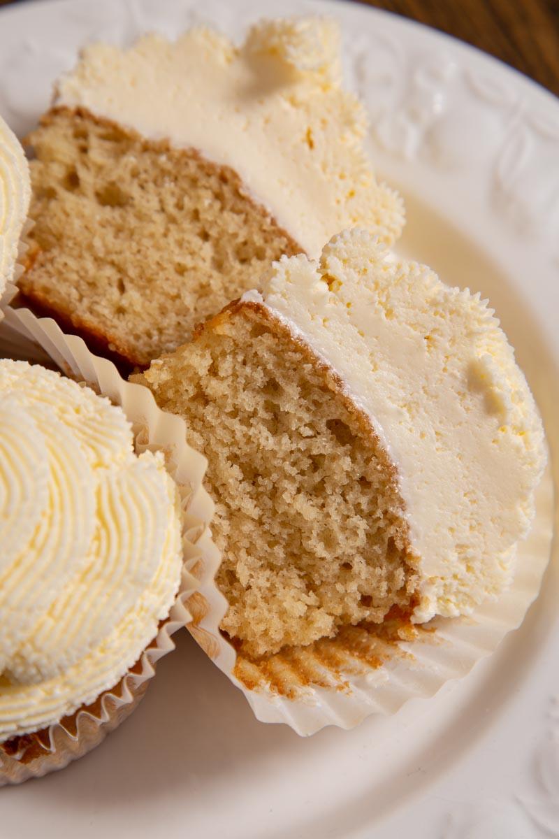 Vegan Vanilla Cupcake with Buttercream Frosting