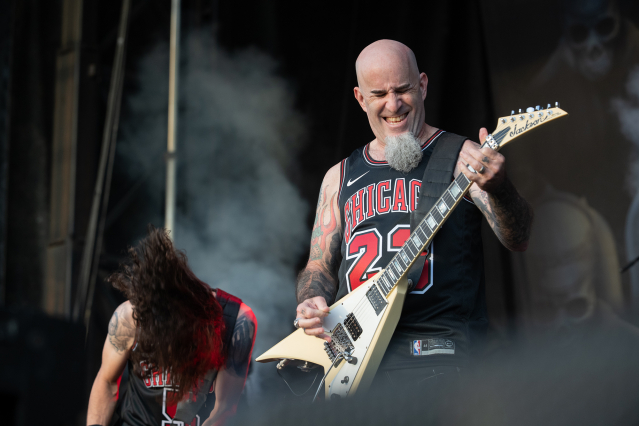 Anthrax08