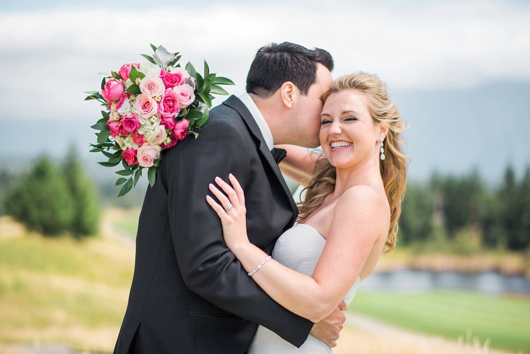Christine & Josh Seattle Washington Snoqualmie Ridge Country Club Wedding_0025
