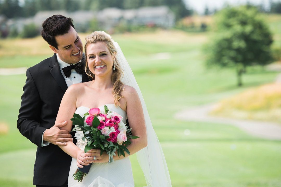Christine & Josh Seattle Washington Snoqualmie Ridge Country Club Wedding_0028