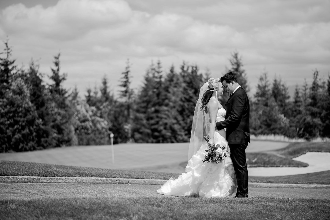 Christine & Josh Seattle Washington Snoqualmie Ridge Country Club Wedding_0030