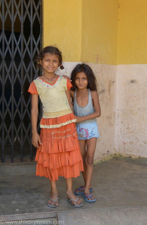 Indian girls inside a Delhi slum