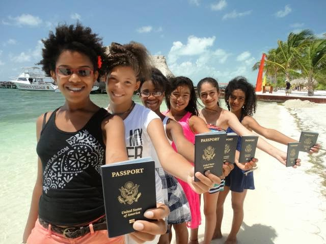 Photo of Passport Party Project girls trip to Belize (Phase 1). Photo credit: Tracey Friley