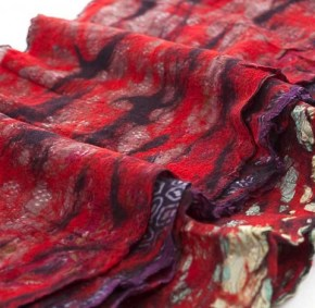 The Red Sari scarf