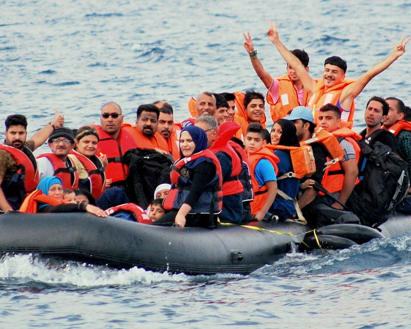 Refugees arriving by raft. Photo credit: Robin Shanti Jones