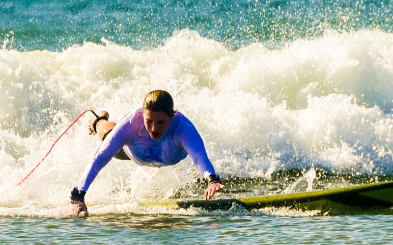 Elena Sonnino surfing in panama