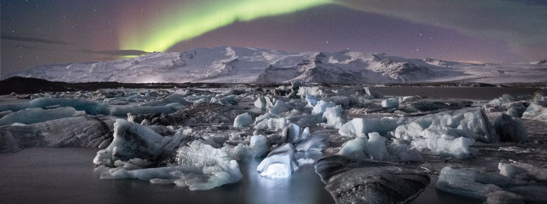Jökulsárlón Northern Lights. Photo credit: Tom Archer