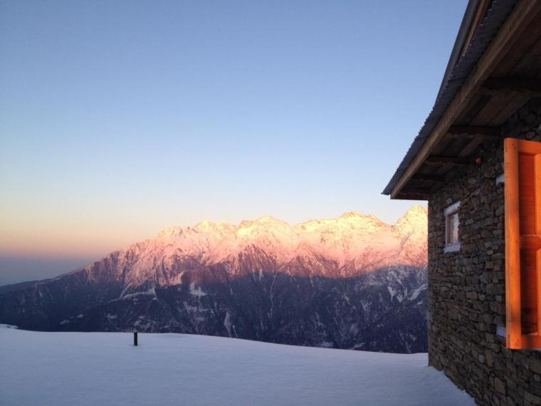 Royal Mountain Travel