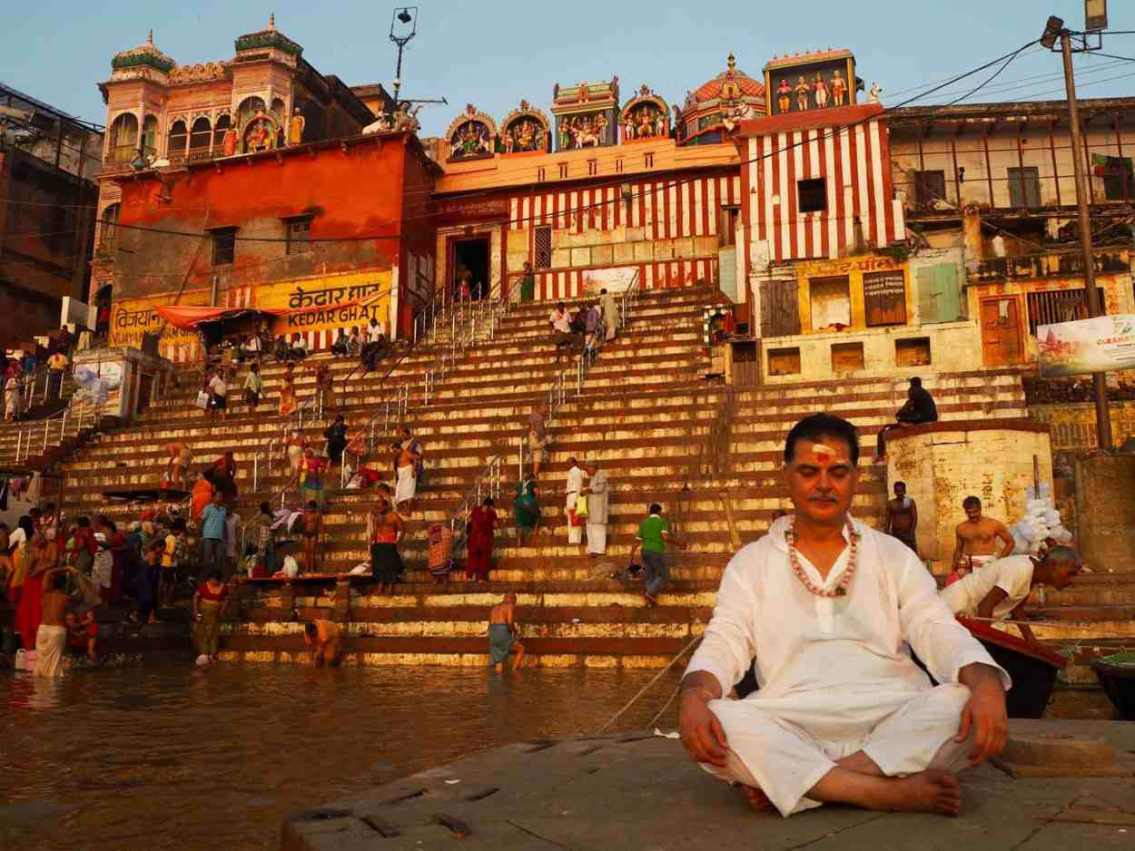 travel safety tips varanasi