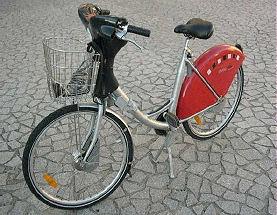 Bike design- Velo'v bike share. Lyon, France 2008. Photo by Jack Becker, Third Wave Cycling Group.