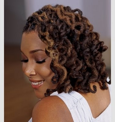 https://i0.wp.com/thirstyroots.com/wp-content/uploads/2010/03/locs-and-twist-curl_full_full1.jpg