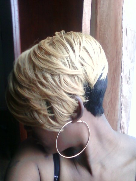 Shondras Quick Weave Hairstyles Blonde Layeres