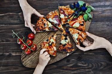 ピザをお弁当としてランチに!崩れない持って行き方のコツ