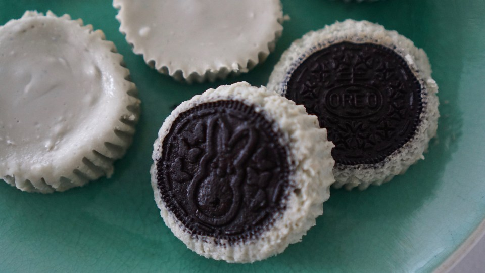 Oreo Cheesecake Bites, Oreo, Cheesecake, Bites, Desserts, Sweets, Food, Easter, National Oreo Day,