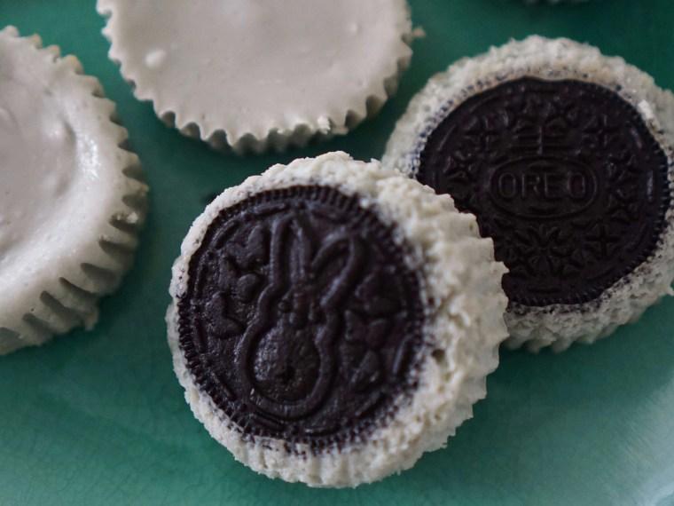 Celebrating National Oreo Cookie Day with Oreo Cheesecake Bites