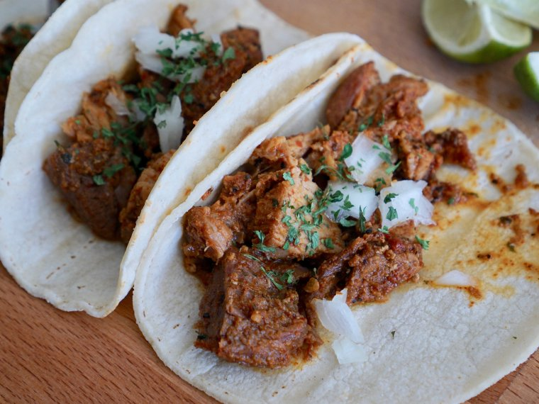 Easy No-Prep Pork Carnitas Recipe for Dinner & Get Togethers
