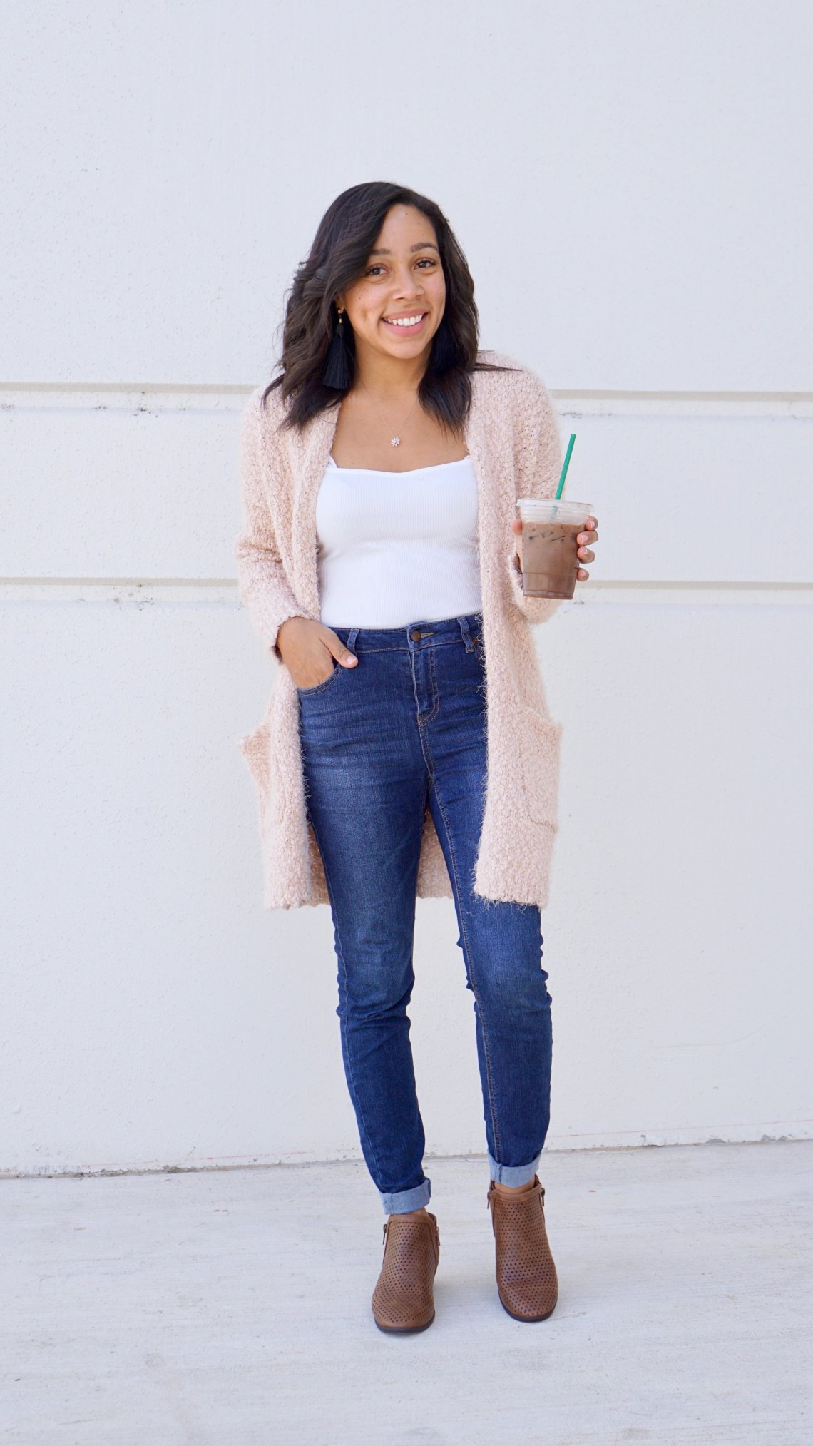 cardi, cardigan, layering, fall looks, fall outfit, sweater, sweater weather, fashion styles, style inspiration, style, style, beauty & accessories, fashion, fashion style, fashion 2018, fashion, fashion random, fashionista, fashion & lifestyle, cardigan, fall fashion, fall style, seasonal style, tous, tous bag,