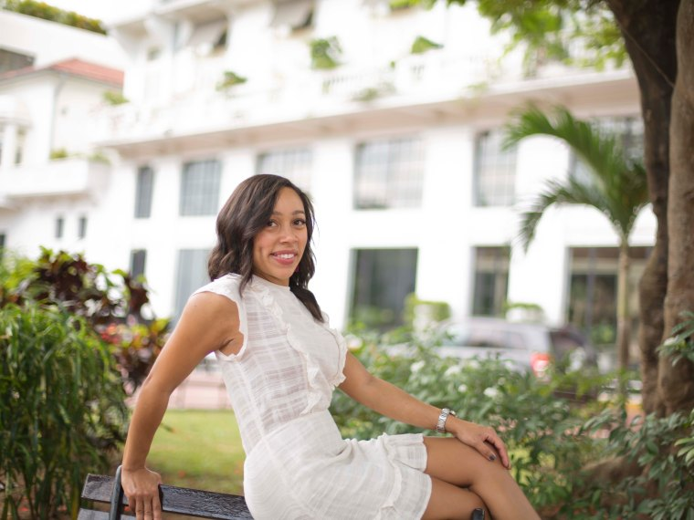 Trendy Thursday LinkUp + A White Little Dress in Panama