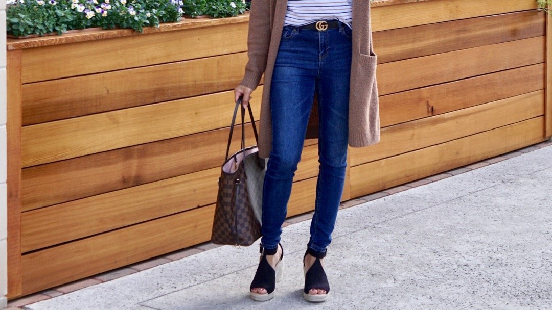 winter to spring outfits 2019,Spring Momiform Outfits,Winter to Spring Transitional Momiform Outfit, momiform, spring, cardigan, tee, t-shirt, jeans, wedges, espadrilles, amazon, kroger, kroger dip,#styleinspo, style, fashion, blogger style, junior outfit ideas, outfit ideas, mom outfits, chic and casual, casual style, street fashion,