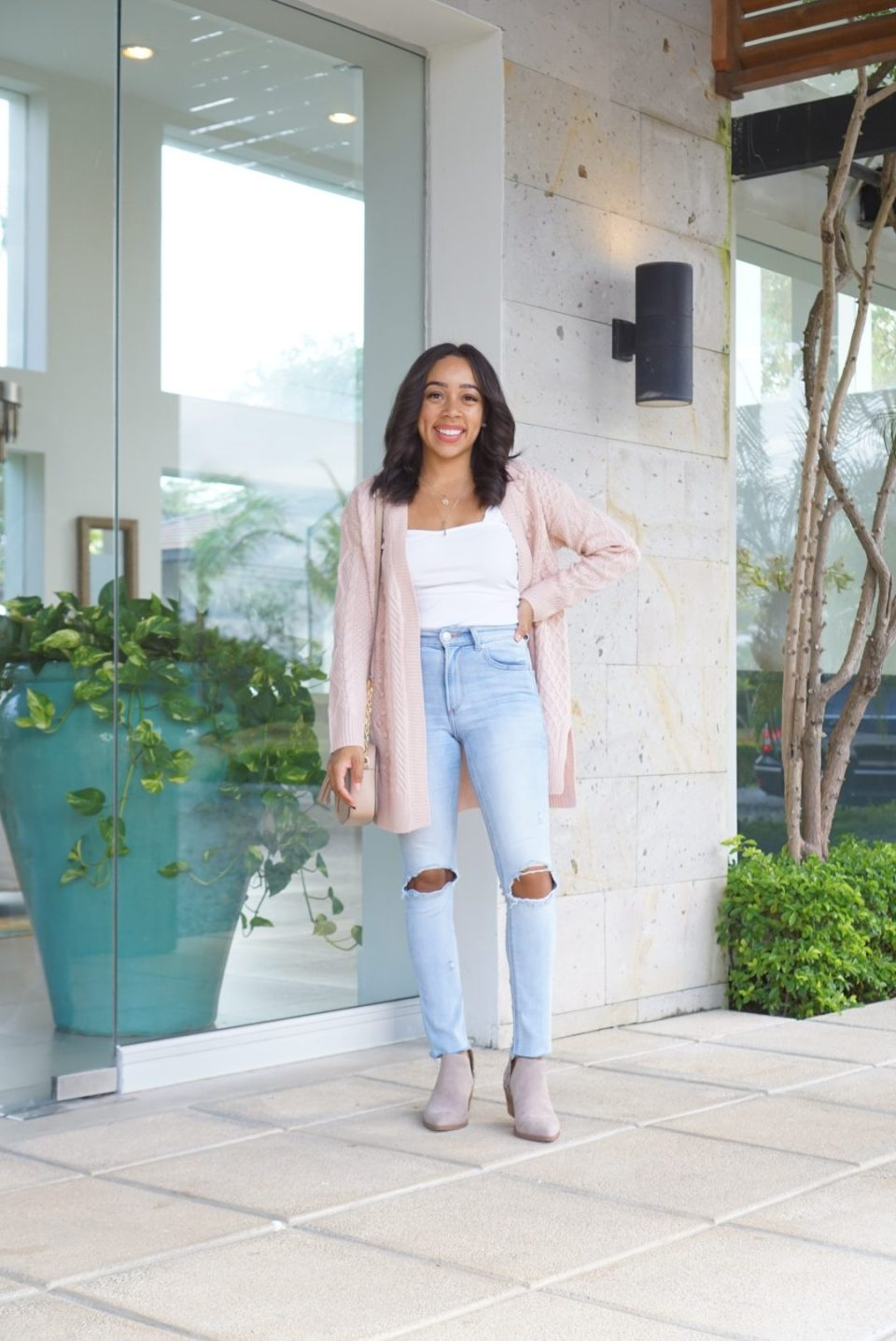 Today I'm sharing perfect ways to wear a cardigan this spring.