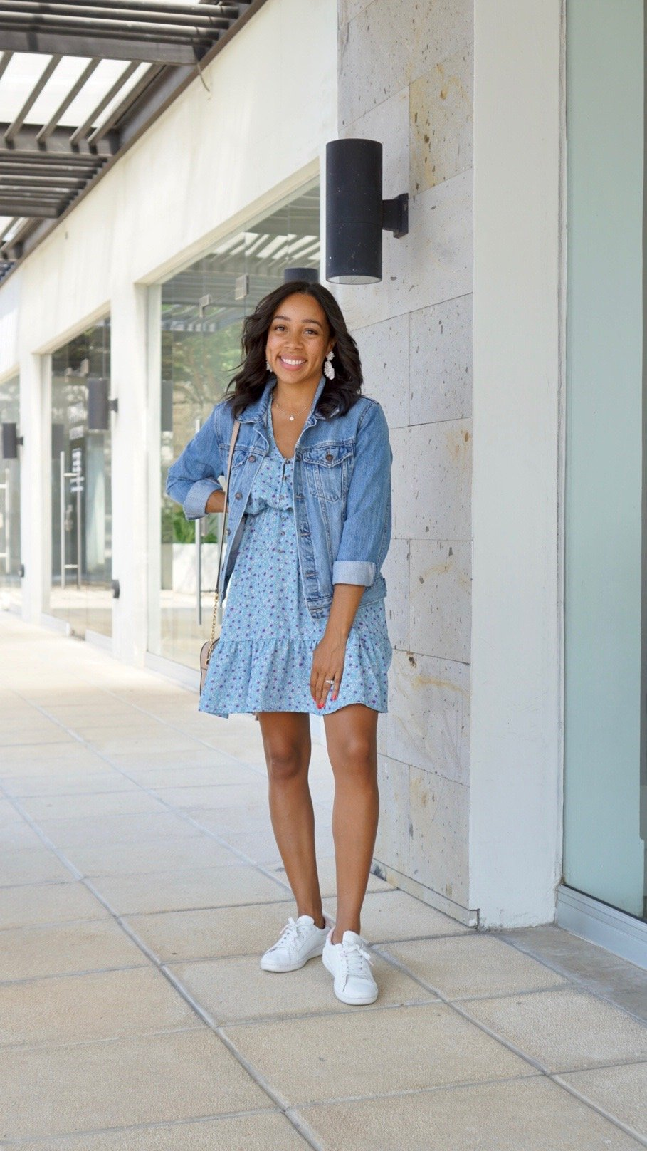 Trendy Thursday LinkUP + How to Wear a Dress with Sneakers