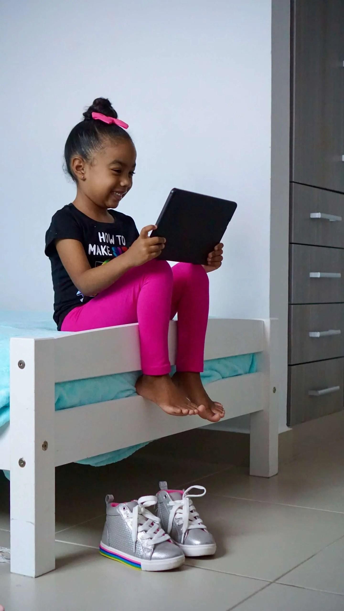 Stylish kids, bedroom decor, back to school, online school, shopping online,