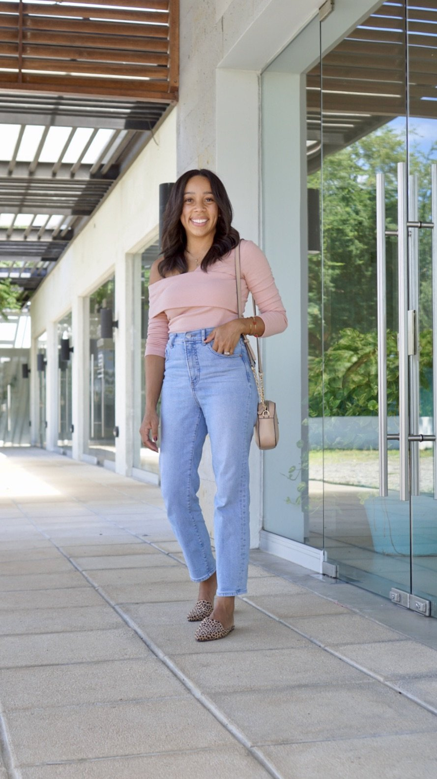 Trendy Thursday LinkUP + Favorite Jeans to Wear this Fall