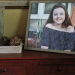 DIY Canvas Picture Frame