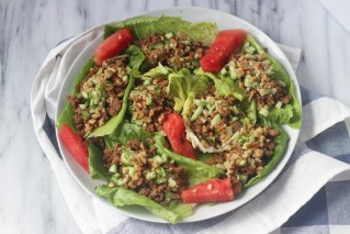 Whole 30 ground turkey lettuce wraps with walnuts