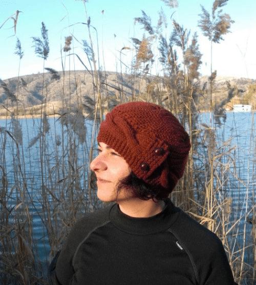 womans knit hat