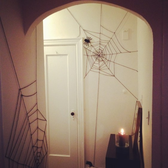 Web of Yarn - This Blended Home of Mine - Cheap Halloween Decorations