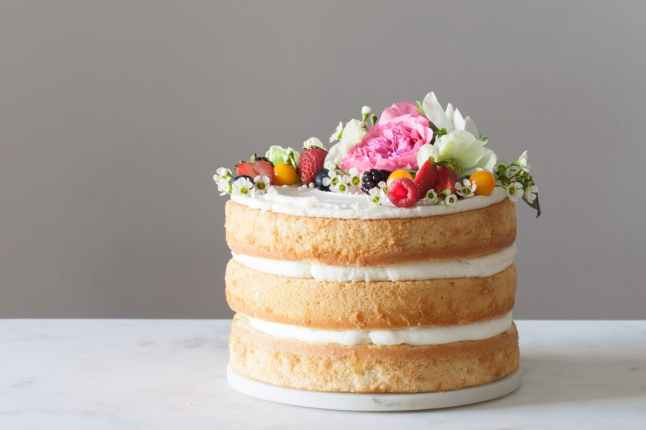Wedding on a Budget - Naked Cake